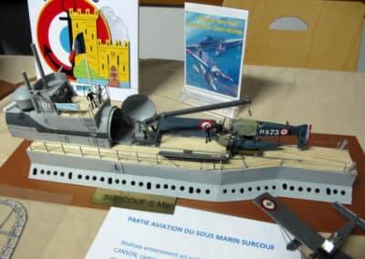 Un sous-marin équipé d'un aéroport pour hydravions ! (JP Boespflug)