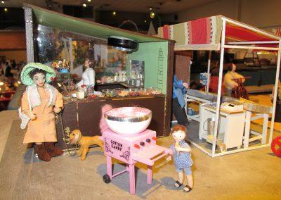 Le marché ; chocolaterie de Soffy, barbapapas de Mamiblue