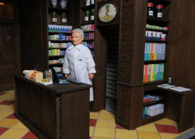 Le pharmacien au comptoir